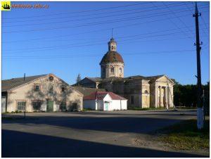 Воскресенский храм до обрушения купола. 2005г.