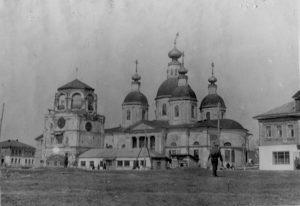 Воскресенский храм, 1952 год.  Фото с сайта luhovici-hram.ru.