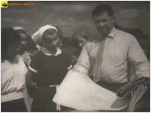 """Фёдор Степанович Генералов. Кадр из фильма """"Колхоз на Оке"""", 1957г."""